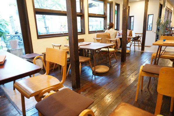 カフェ小町店内