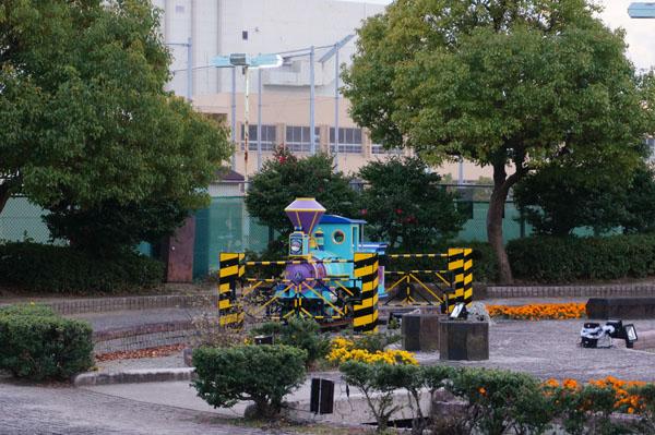 光の遊園地クリエイトセンター前