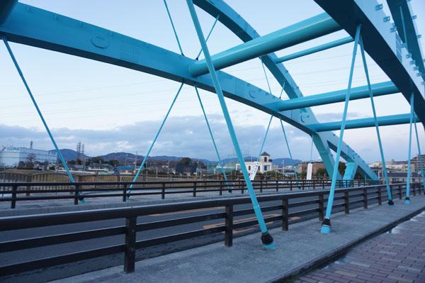 安威川の橋東方面