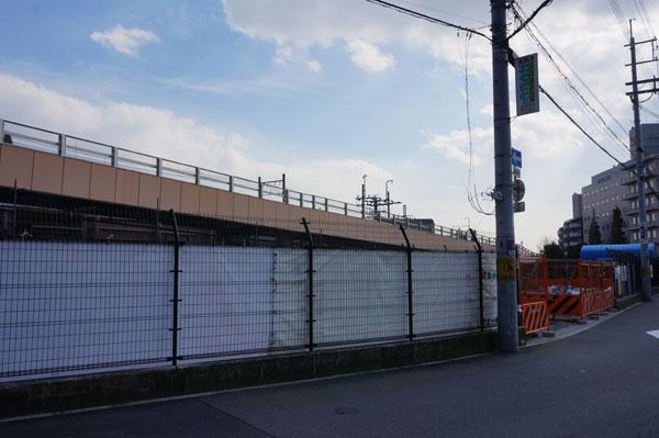 JR駅前駐車場の工事1