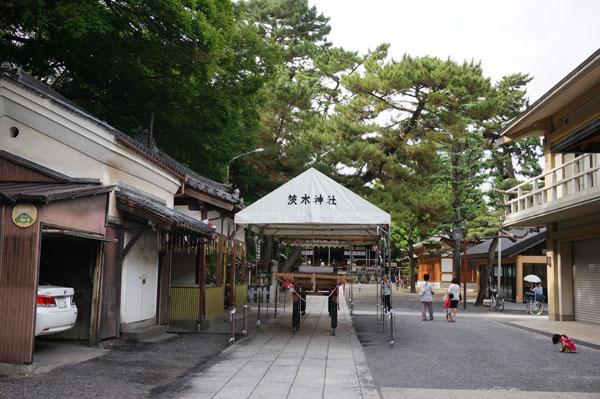 茨木神社の夏祭り準備