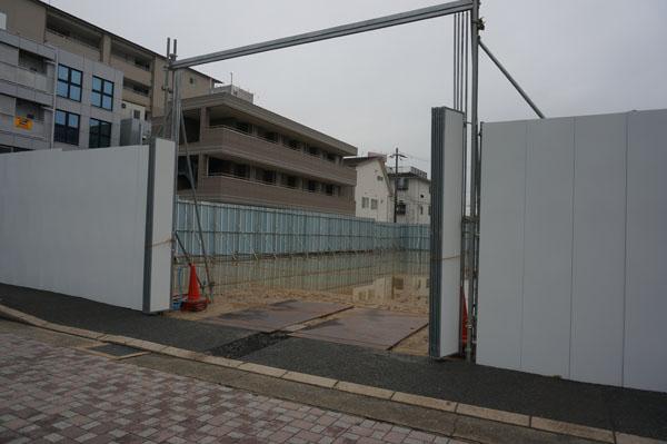 阪急駅前の駐輪場工事
