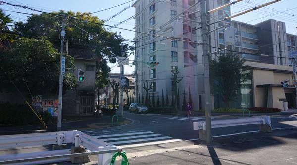 小川町交差点の南方面