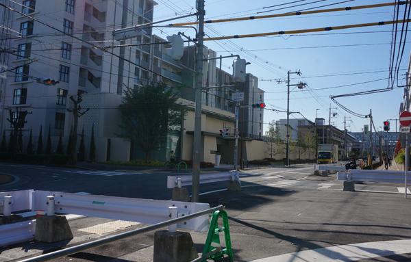 小川町交差点西方面・立命の方
