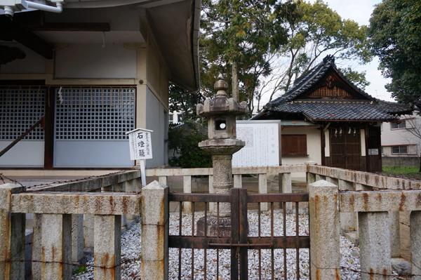 24春日神社石燈籠