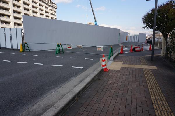0301工事の場所と新バス停への横断歩道