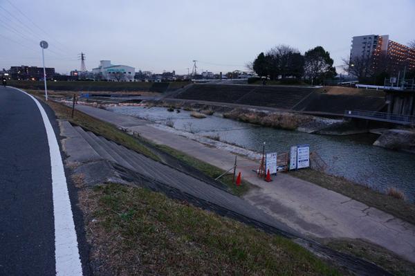 0222安威川護床工事で通行止め