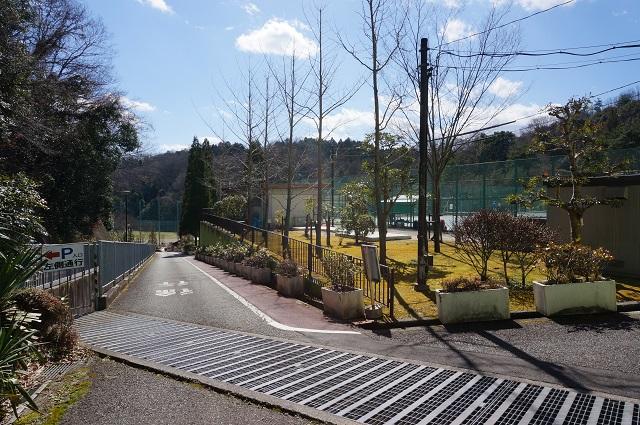 1忍頂寺スポーツ公園への道