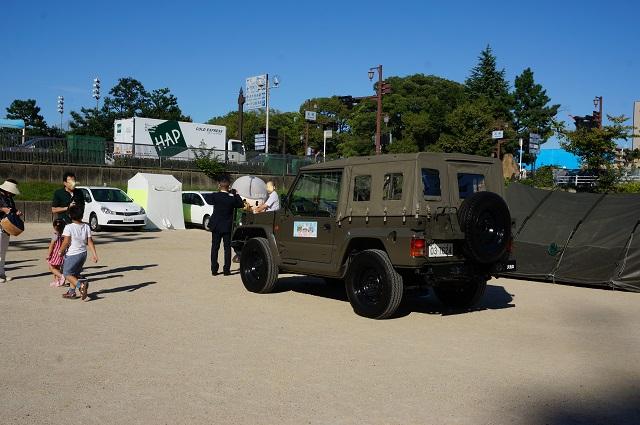 自衛隊車両小型者車