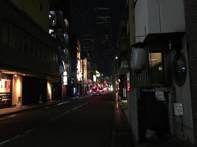 マリアナカフェから阪急のほう