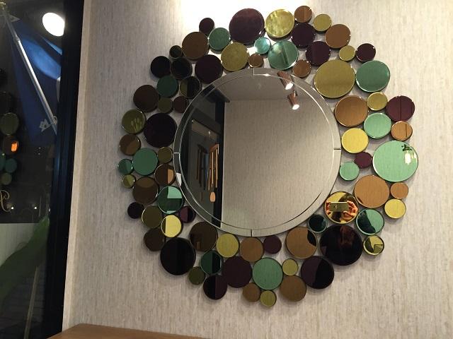 レニュアージュ店内の鏡IMG_5084