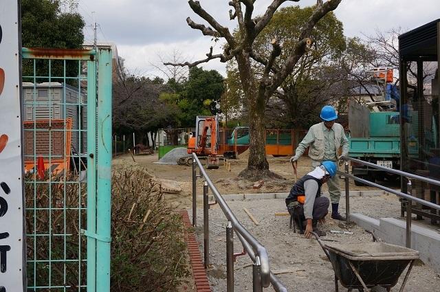 東駅前公園の工事完成間近DSC02826