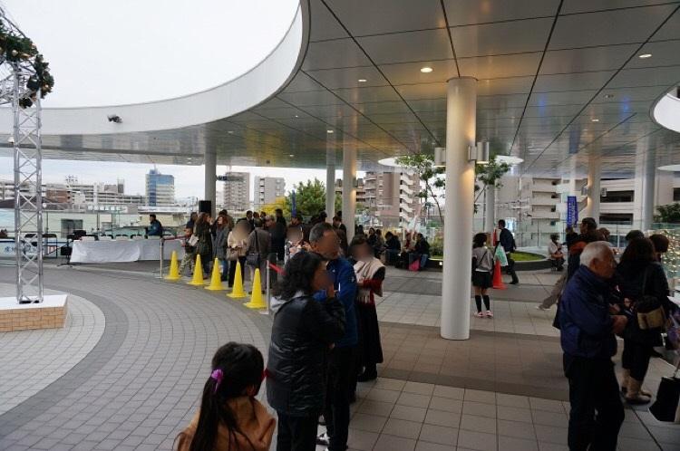 光の回廊演奏前広場の様子2IMG_4990