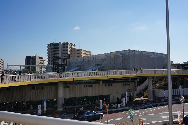 JR茨木駅西側からDSC0186611月11日