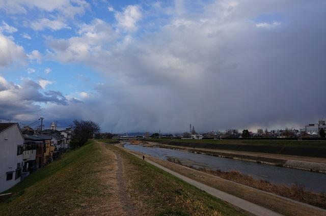 安威川沿いJR線路そばから南方面DSC03469