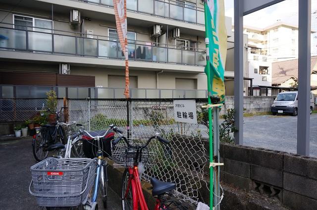 すみれカフェ駐輪場DSC03052