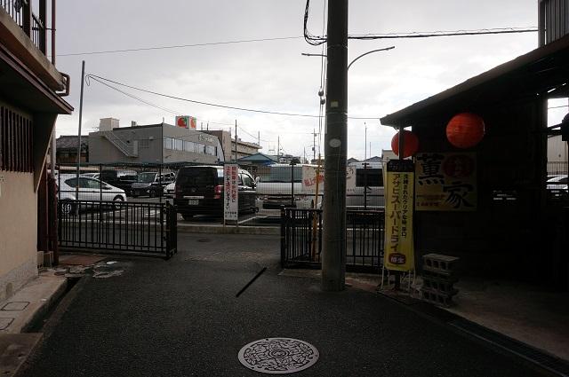 OHANAから駐輪場へ1DSC03400