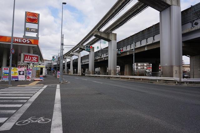 gramから北のほうに南茨木駅DSC04309