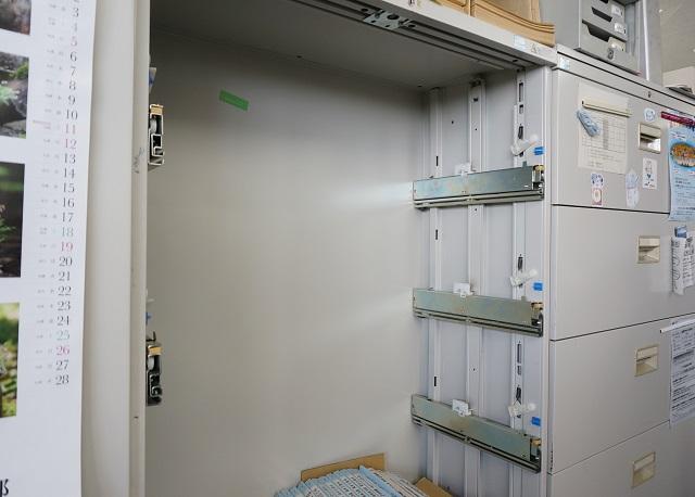 茨木市文化振興課からっぽの棚DSC04492