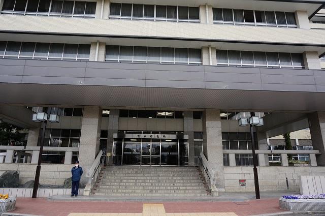 茨木市役所本館入口DSC04841