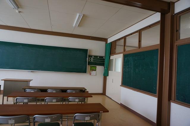 茨木里山センター会議室2DSC05098