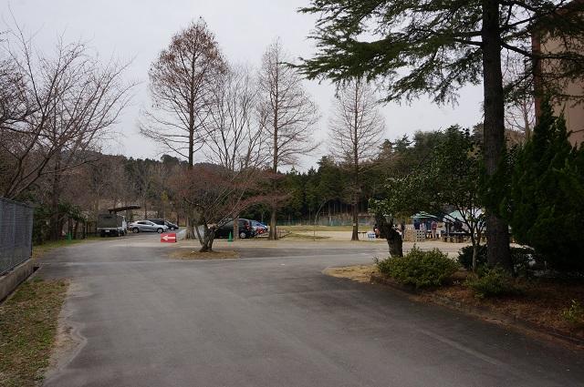 茨木里山センターの門から入ったところDSC05113