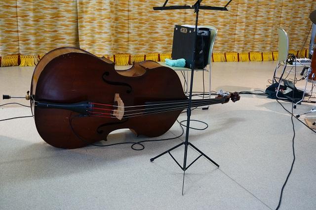 大池で昼ジャズ演奏2DSC05531