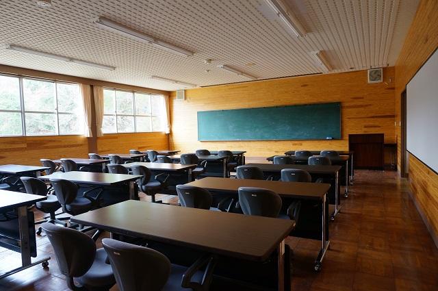 茨木里山センターの会議室DSC05097
