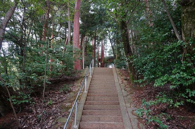 5見山の郷神社の階段さらに上DSC05169