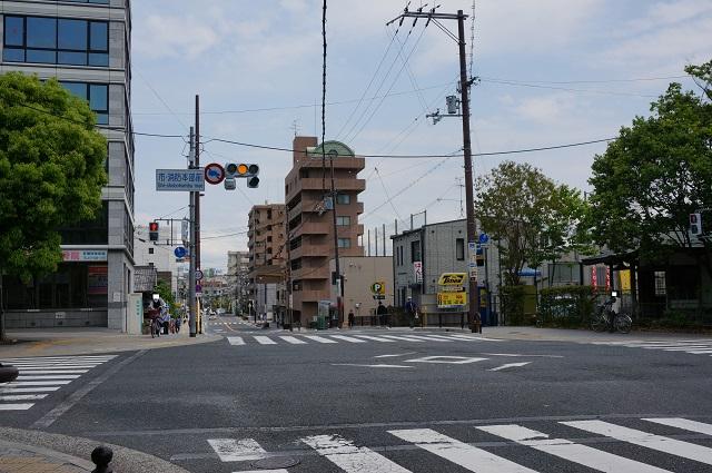 東西通りに次なる茨木フラッグなしDSC05954