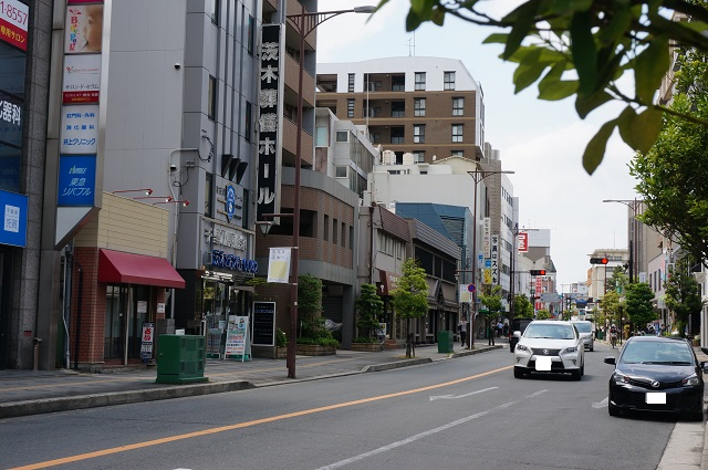 中央通り東側から次なる茨木DSC05937