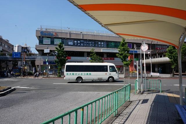 阪急駅前にけいさつ病院行きバスDSC06301