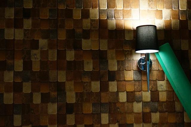 ハポロコさん新店の壁面DSC07492