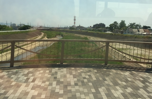 4窓から安威川IMG_7119