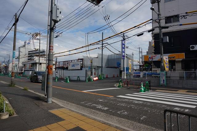 総持寺阪急方面への道路工事DSC08400