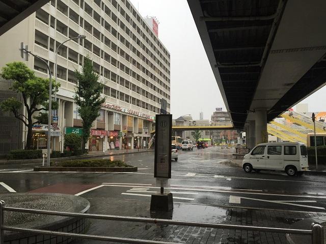 弁天行きバス停の場所IMG_8809