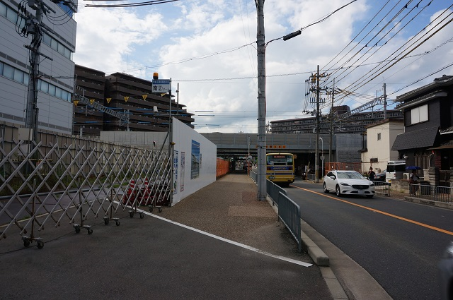 JR総持寺周辺工事フジテックのところDSC08383