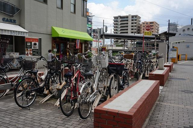 JR茨木駅前広場駐輪場の様子DSC08273