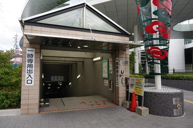 JR東口駐輪場入口DSC08227