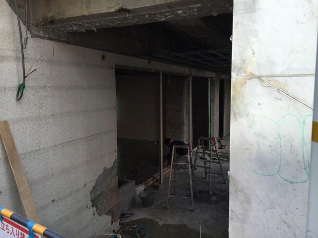 マクドナルドだった場所の工事を東側からIMG_9151