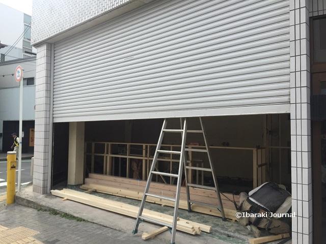 阪急別院前で工事IMG_9496