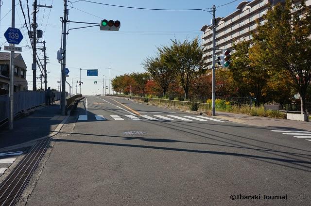 enカフェから茨木市駅方面DSC09310
