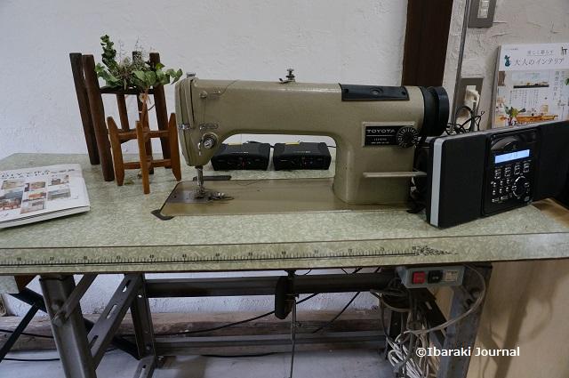 リノベ茨木DIY工房にあったミシン