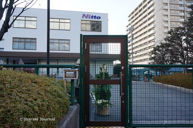 日東電工門松左側DSC00923
