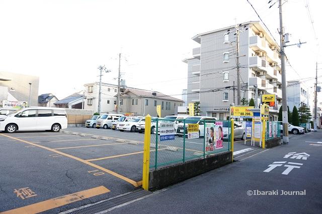 タイムズ茨木第23駐車場全景DSC01111