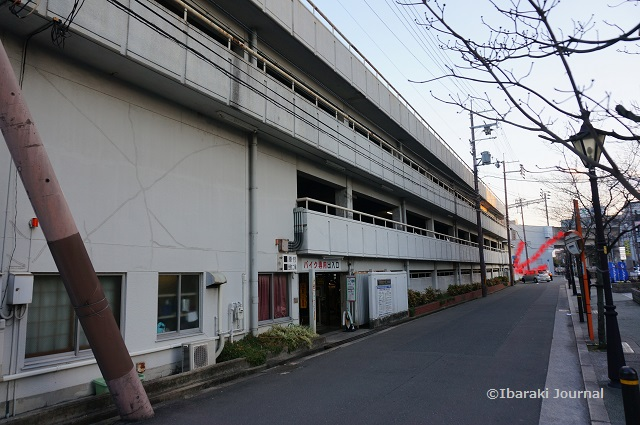 阪急茨木西口駐車場DSC01128