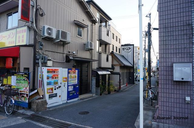 1茨木神社向かいの道を南へDSC01117