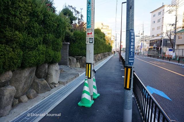 JR総持寺周辺歩道拡張DSC00997