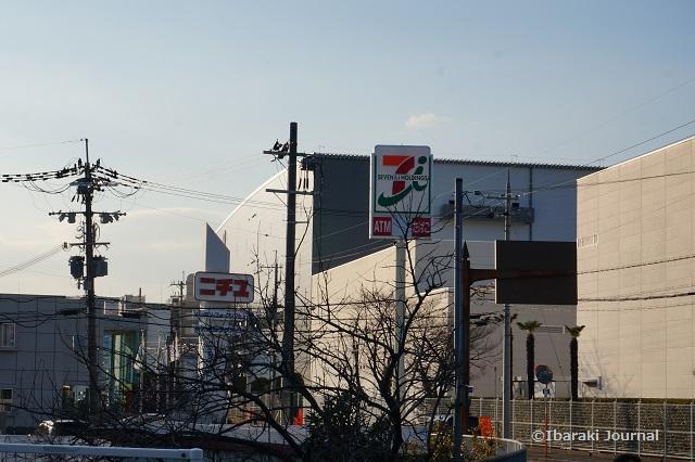 0226田中町セブンイレブンの看板DSC01845