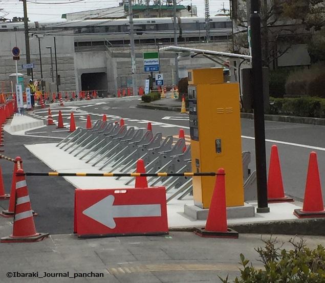 JR総持寺北側駐輪場1IMG_6437